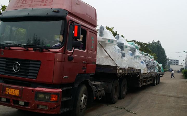 内蒙古发货中,3台470生物质颗粒机,时产量2-3吨
