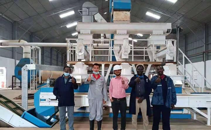 乌干达生物质颗粒机调试成功